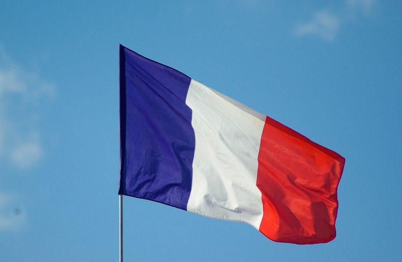 Commémoration du 8 mai : drapeau français
