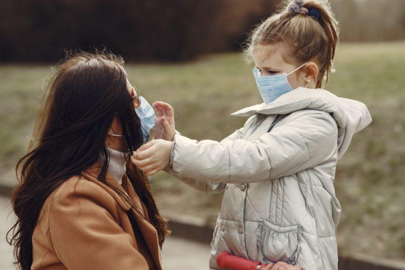 Nouveau confinement : port du masque obligatoire pour les enfants à l'école dès 6 ans
